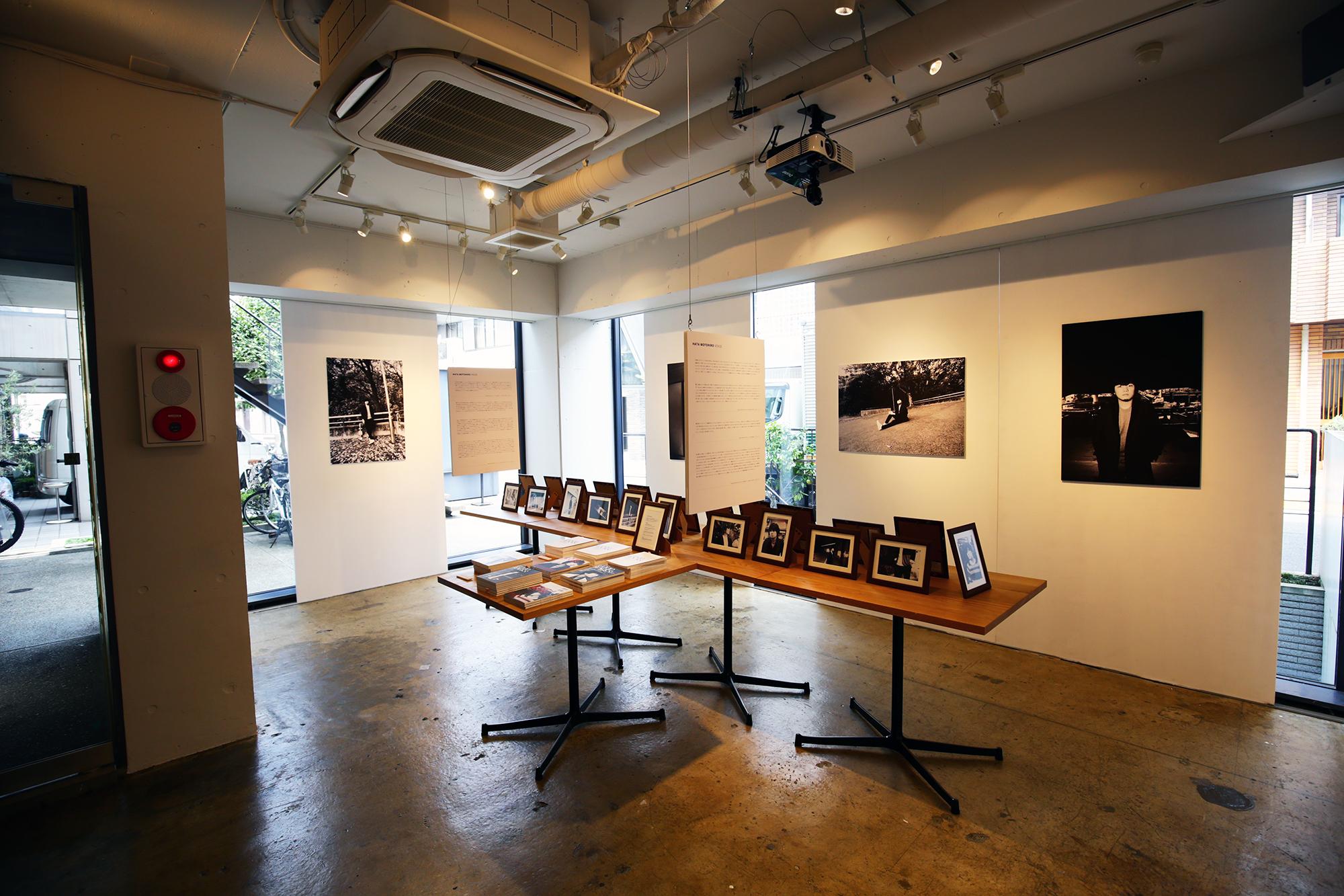 【東京】GOOD ROCKS! HATA MOTOHIRO 10th Anniversary PHOTO EXHIBITION  PHOTOGRAPHED BY HIROSUKE FUKUMOTO IN TOKYO